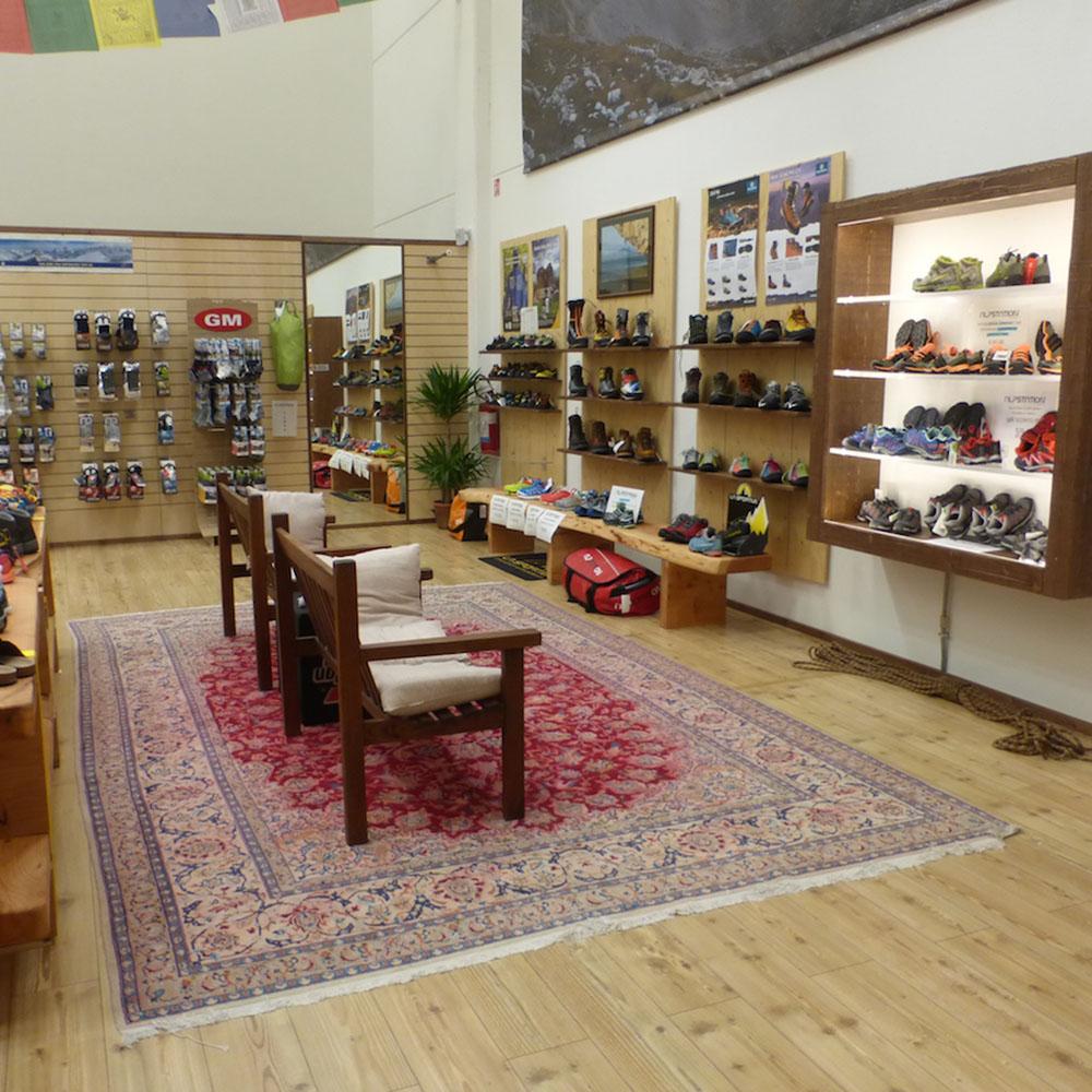 Montura Store Alpstation Parma