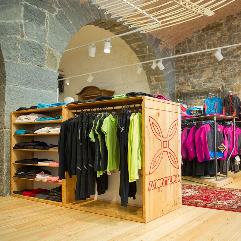 Montura Store Alpstation Trieste