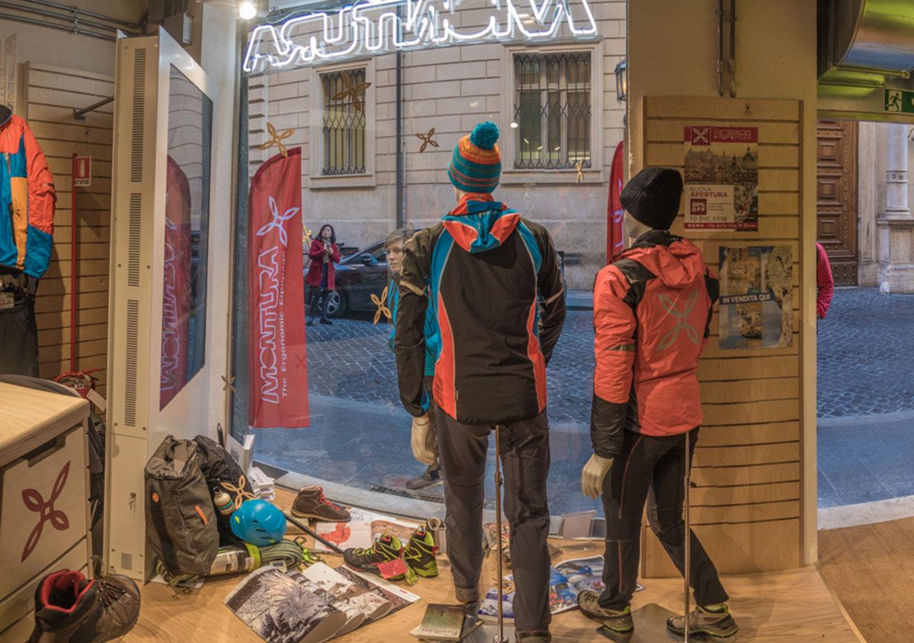 montura_store_roma_3.jpg