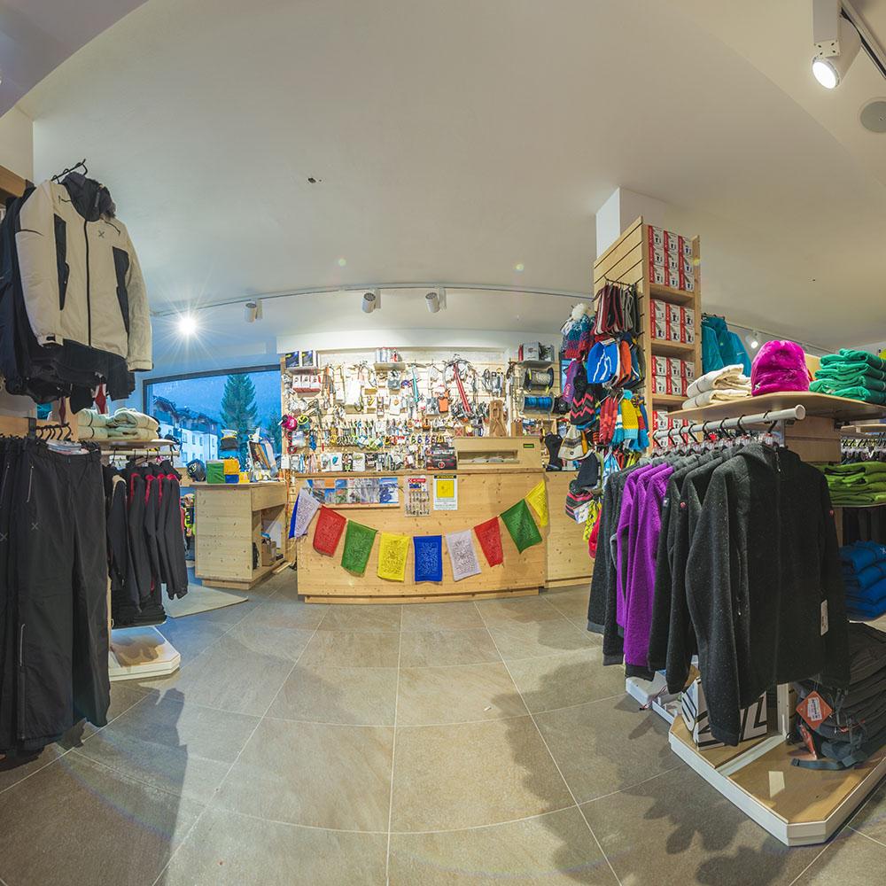 Montura Store Alpstation Andalo