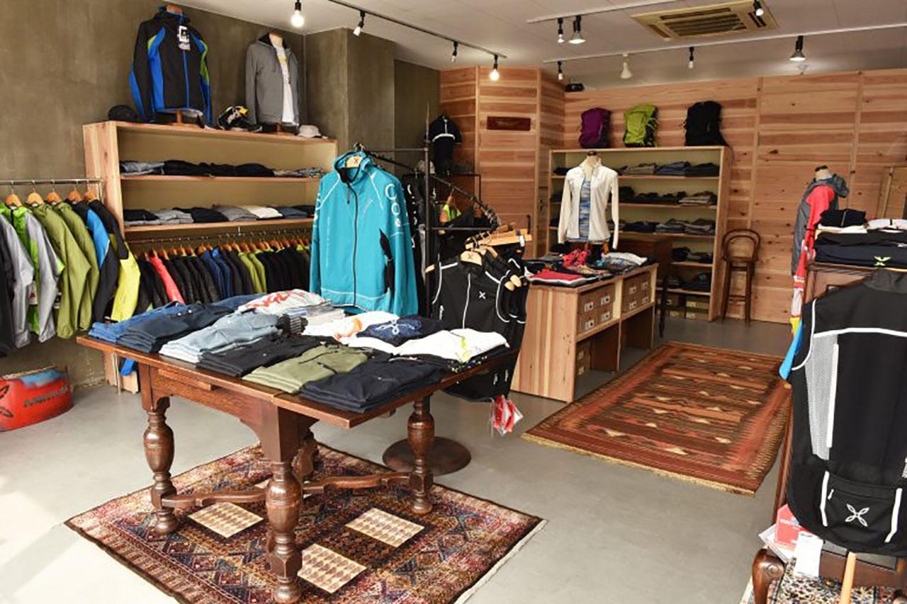 montura_store_fc_hiroshima_2.jpg