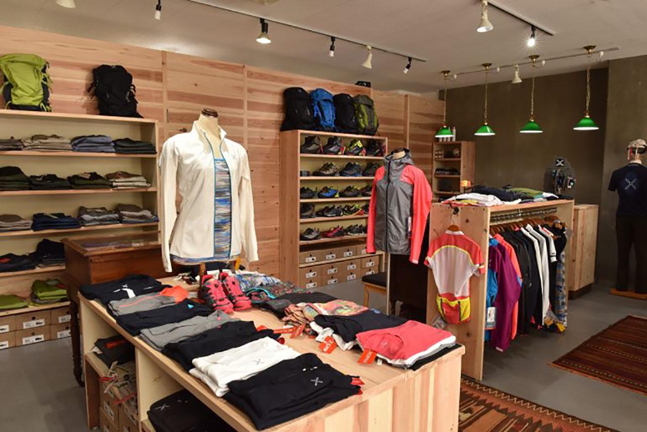 montura_store_fc_hiroshima_3.jpg
