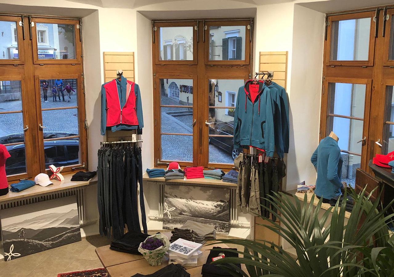 montura_store_berchtesgaden_2.jpg